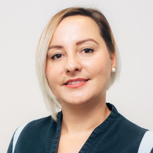 Dr. Szőcs Karolina fogszabályozó szakorvos